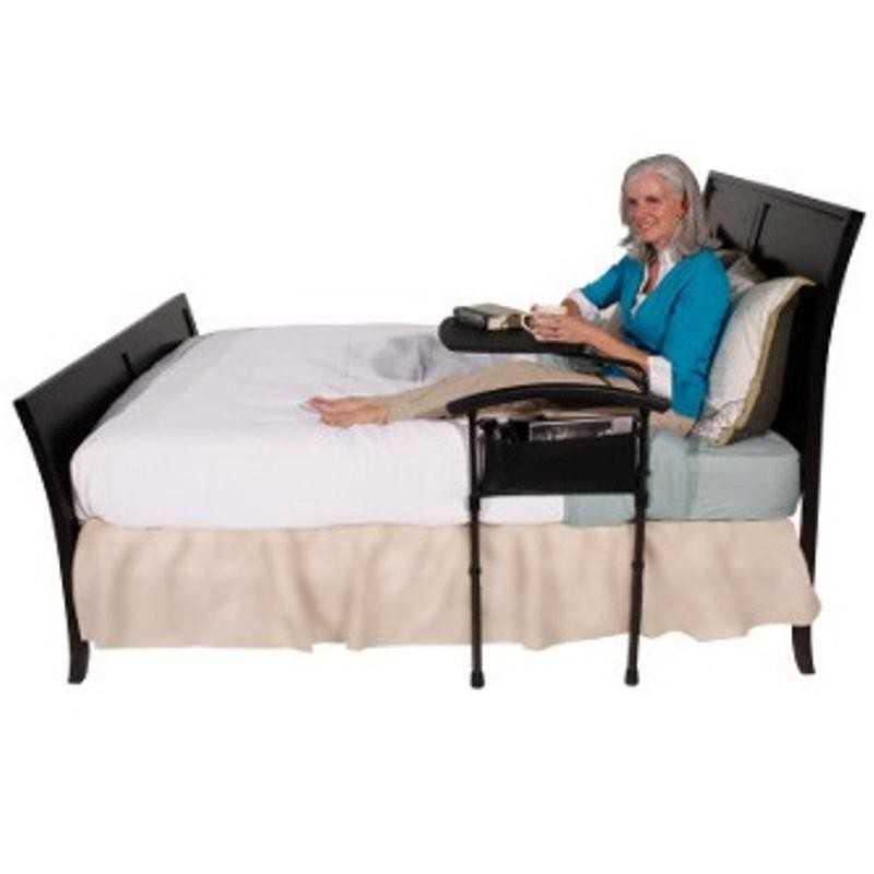 Barre de lit avec plateau pivotant